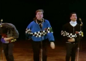 Completa los huecos de la canción Please Don't Go Girl de New Kids On The Block | Recurso educativo 123498